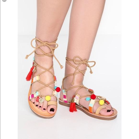 Madden Girl Womens Luvv Gladiator Sandal